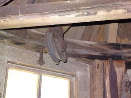 Unidentified pulley on dust floor, smock mill, Crowfield