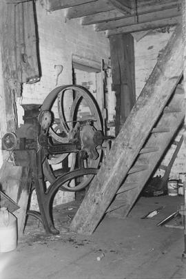 West Ashling Mill, West Ashling, internal, oat crusher