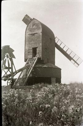 """Cross-in-Hand post mill Sussex"""