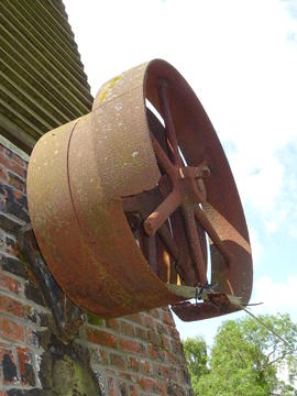 External engine drive pulley, smock mill, Crowfield