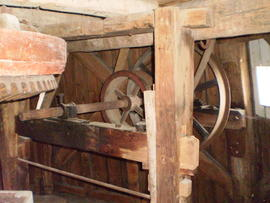 Crownwheel and sack hoist drive, Impington Mill, Histon and Impington