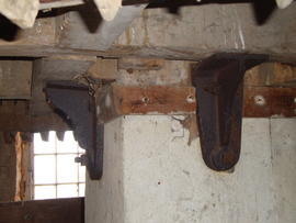 Brackets securing great spur wheel to upright shaft, Hickling Mill, Hickling