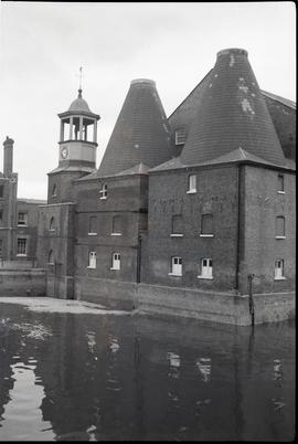 """3 Mills Bromley-by-Bow, Ex"""
