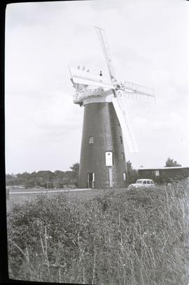 """Pakenham mill, Suffolk sails revolving"""