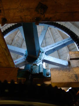 Brakewheel and windshaft, tower mill, Waltham