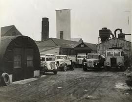 Delivery vehicles, Marshall's Whiting Works, Hessle