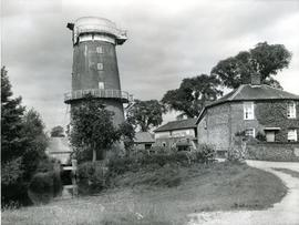 Little Cressingham, Norfolk, combined mill, sails gone