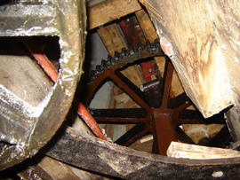 Fantail gearing, tower mill, Whissendine