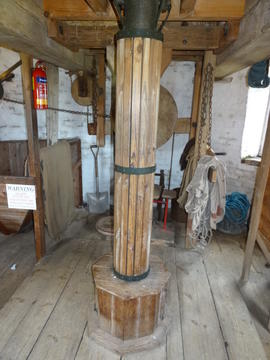 Upright shaft, tower mill, Great Bircham