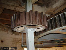Great spur wheel, stone nut and quant, tower mill, Denver