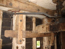 Spout floor breast framing and tentering gear, post mill, Kibworth Harcourt