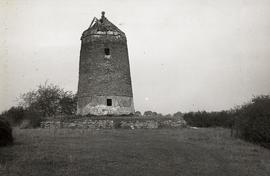 """Windmill at Blackthorn, Oxon"""