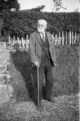 """William Cripps at Cuddington, Bucks"""