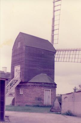 Exterior view, post mill, Kibworth Harcourt, Leicestershire