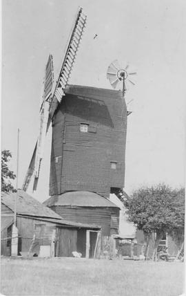 Icklesham Post Mill, Icklesham, two storey roundhouse, shuttered sails, fantail on roof