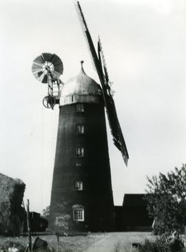 Tower mill, Doddington, Cambs