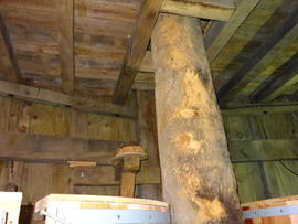 Upright shaft and stone/spout floor breast framing, post mill, Chinnor