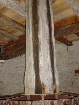 Upright shaft and crown wheel, Polkey's Mill, Reedham
