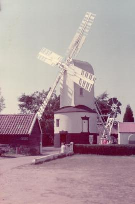 Exterior view, post mill, Saxtead Green, Suffolk