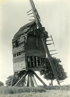 Post mill, Carlton le Moorland, Lincs