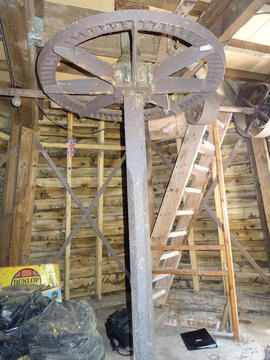 Upright shaft and crownwheel, smock mill, Crowfield