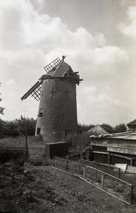 """Windmill at North Leigh, Oxon"""