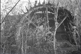 """Waterwheel, remains of Sturry Watermill, Kent"""