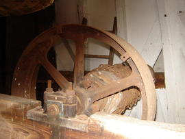 Sack hoist, White Mill, Sandwich