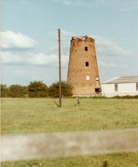 Derelict tower mill, Buerton, Cheshire