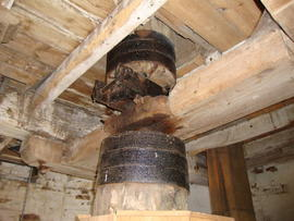 Coupling in upright shaft, Great Mill, Haddenham