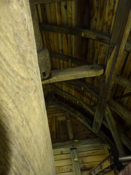 Sack hoist and roof framing, Brill Windmill, Brill
