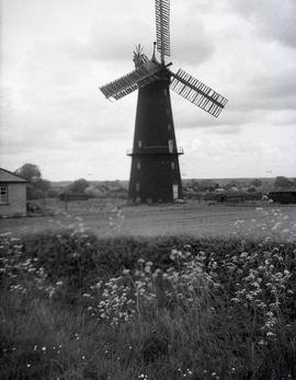 Tower mill, Metheringham