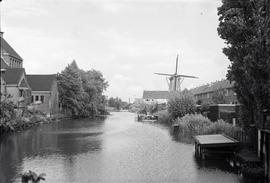 """View between [Koog aan de Zaan] and Zaandam"""