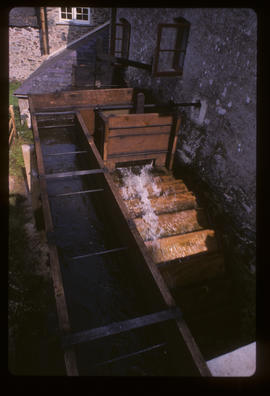 Crowdy Mill, Harbertonford, Devon, waterwheel