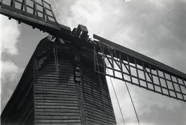 Rope and tackle on sails, Brill Windmill