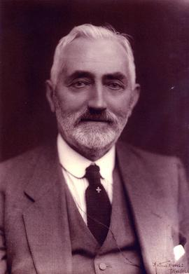 Photograph of William Cornwell