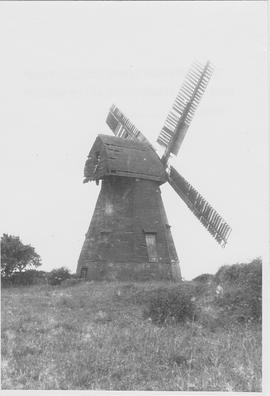 Kingsfold or Capels Smock Mill, Shiremark, four sails, derelict