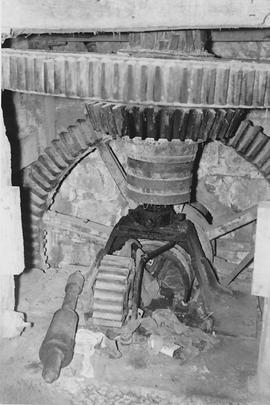 Ricketts Mill, Donhead St Peter, internal, pit wheel, wallower, spur wheel