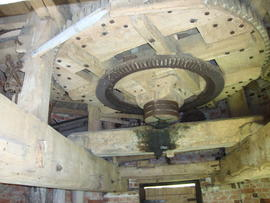 Great spur wheel and upright shaft support frame, tower mill, Norton Lindsey