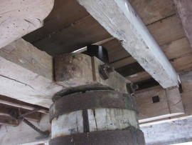Coupling in wind upright shaft, Combined Mill, Little Cressingham