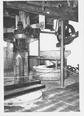 Arlington Mill, Arlington, internal, crown wheel, stones floor