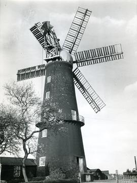 Trader Mill, Sibsey, Lincolnshire, six sails