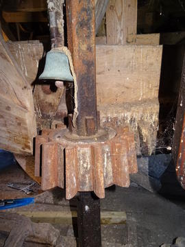 Tail stone nut and bell alarm, New Mill, Cross in Hand