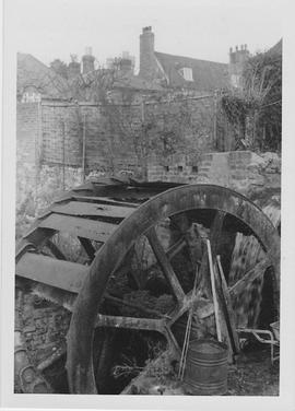 West Meon Mill, West Meon, remains of wheel