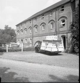 Display float at Sindlesham Mill