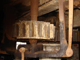 Stone nut, quant and tentering gear, Old Mill, Keyingham