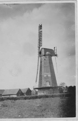 Surrey, Outwood Smock Mill