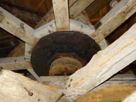 Great spur wheel mounting, smock mill, West Blatchington