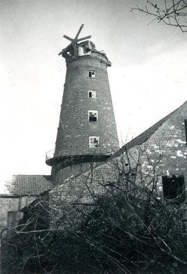 Tower mill, East Kirkby