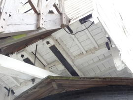 Underside of buck and sheers, Windmill Hill Mill, Herstmonceux
